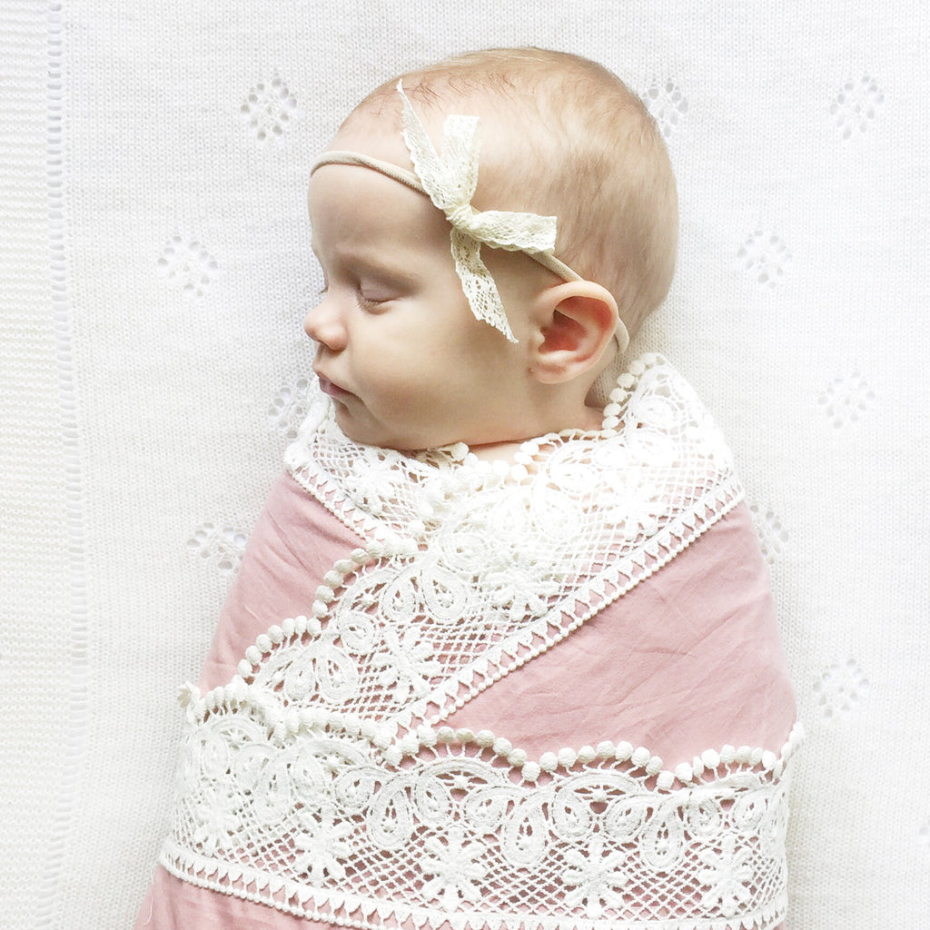 dusty-pink-baby-blanket-hertiage-blankets-faith-laine
