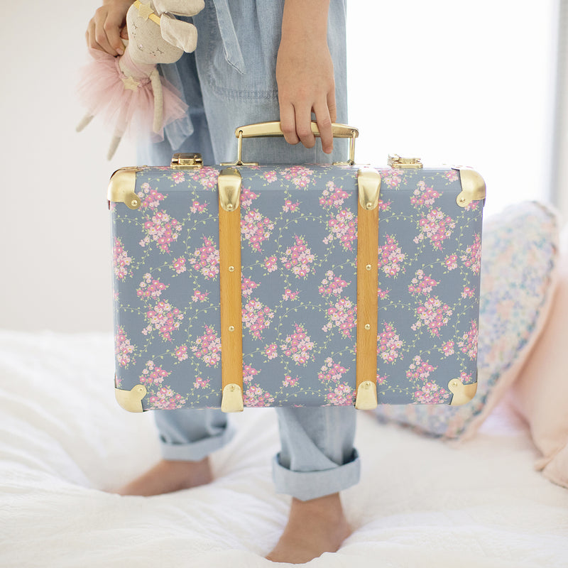 vintage-carrycase-wildflower-alimrose-kids-suitcase-faith-laine