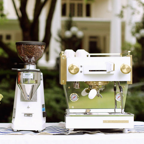 Pros & Cons of a Mobile Coffee Business
