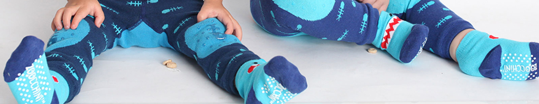 grip+easy™ crawler leggings & socks set
