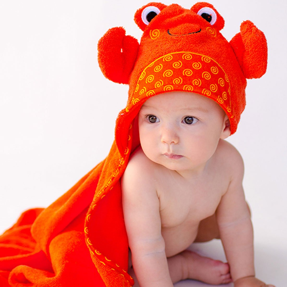 ZOOCCHINI Baby Snow Terry Hooded Bath Towel - Charlie the Crab-1