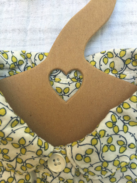eco baby hanger, heart cut out,