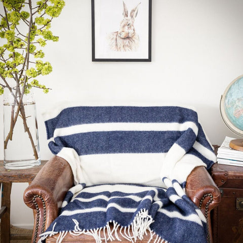 The Heritage Mill stripe throw