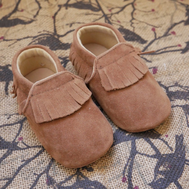 Brown Tassel Baby Shoes | Avenue Petit Lou