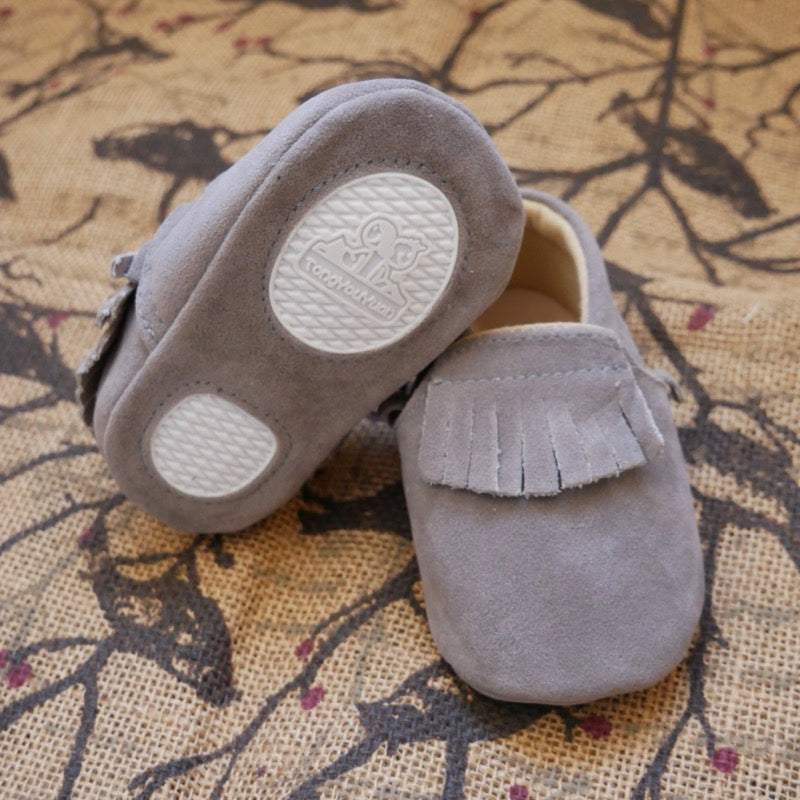 Grey Tassel Baby Shoes | Avenue Petit Lou