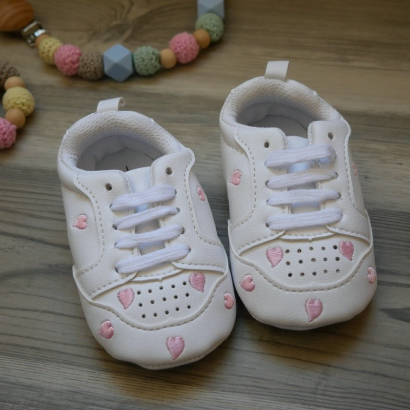 White Heart Tennis Baby Shoes  | Avenue Petit Lou