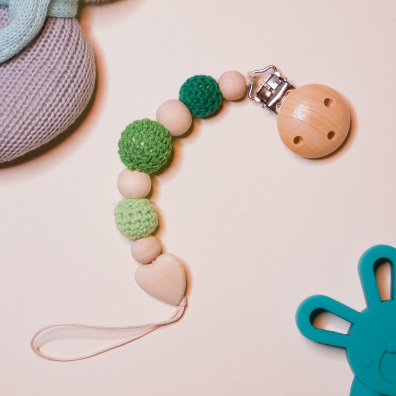 Heart Pacifier Clip - Organic Wood / Cotton