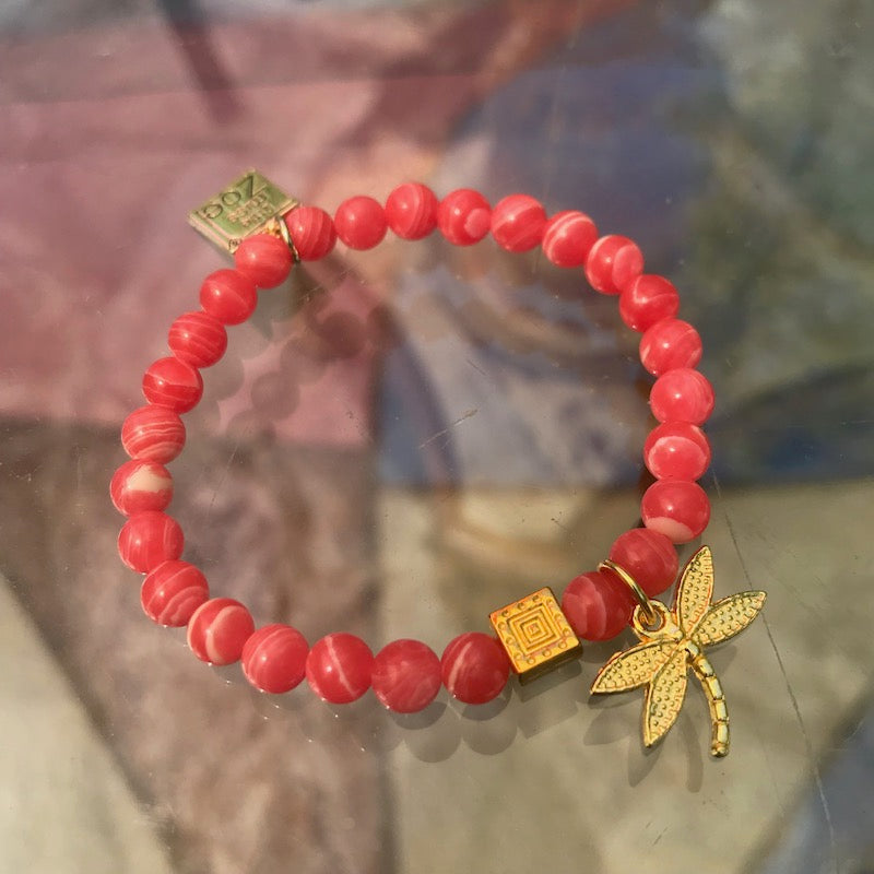 Stretch CHARM Bracelets - Gold Dragonfly | Avenue Petit Lou