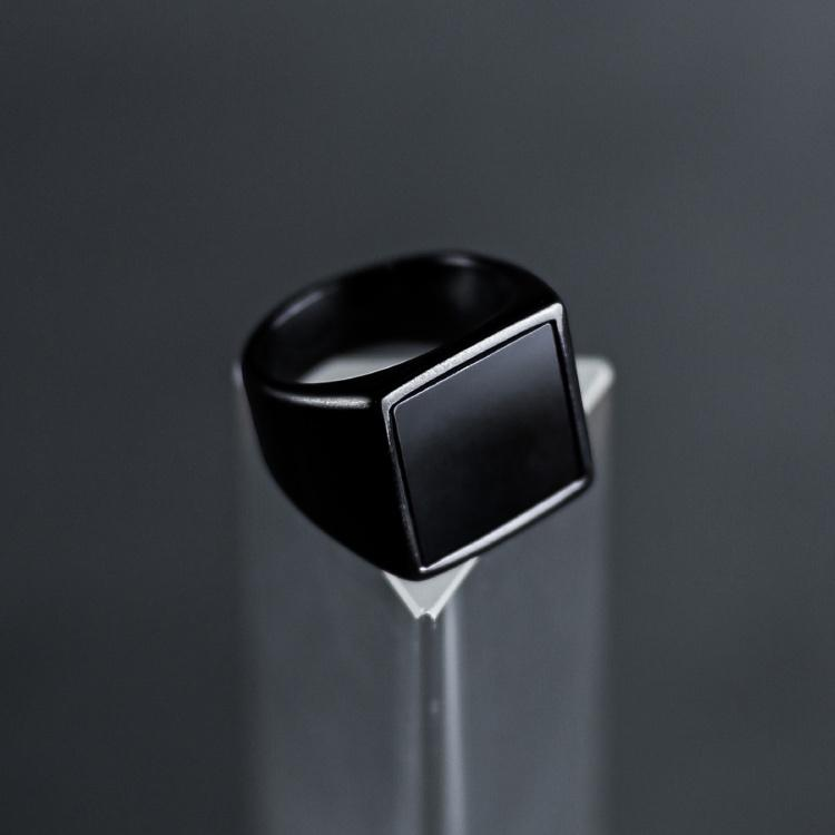 Black Signet Ring - Our Signature Men's Signet Ring in Black has been crafted to be worn on a day-to-day basis or even on a night out.