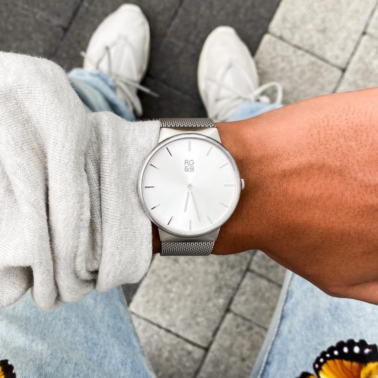Silver Minimal Watch - Our Minimal Silver Watch features a Brushed Silver Stainless Steel Case and Strap, Silver Hands and Hour Markers Along with our Signature Logo.