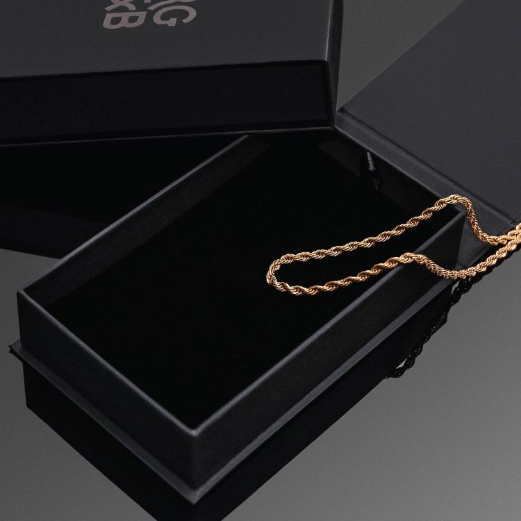 Minimal Rose Gold Rope Chain