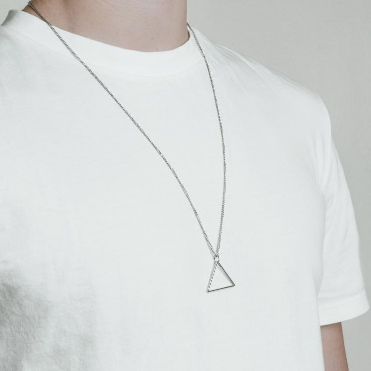 Minimal Triangle Necklace - Silver