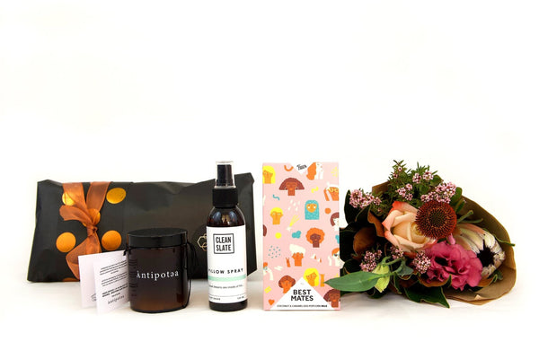 mother's day luxe pamper essentials PLUS hey there poppy flower posy