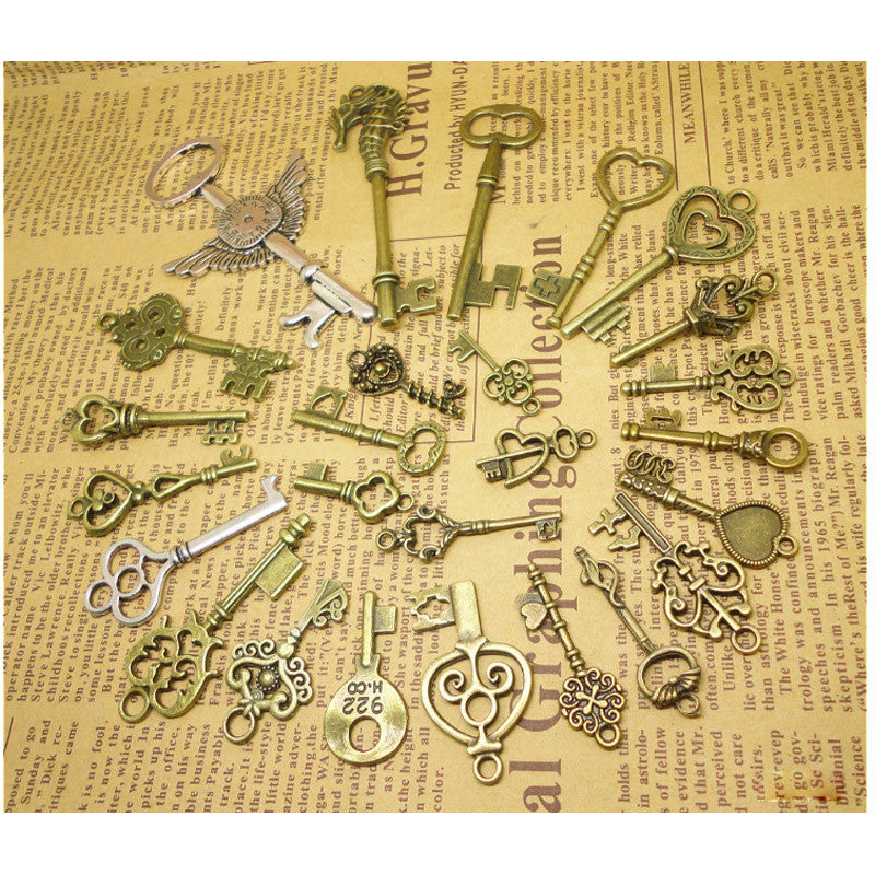 26 Bronze Key Pendants