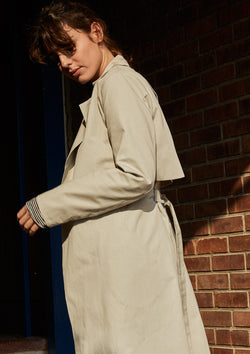 OUT OF TIME TRENCH IN LIGHT GREY