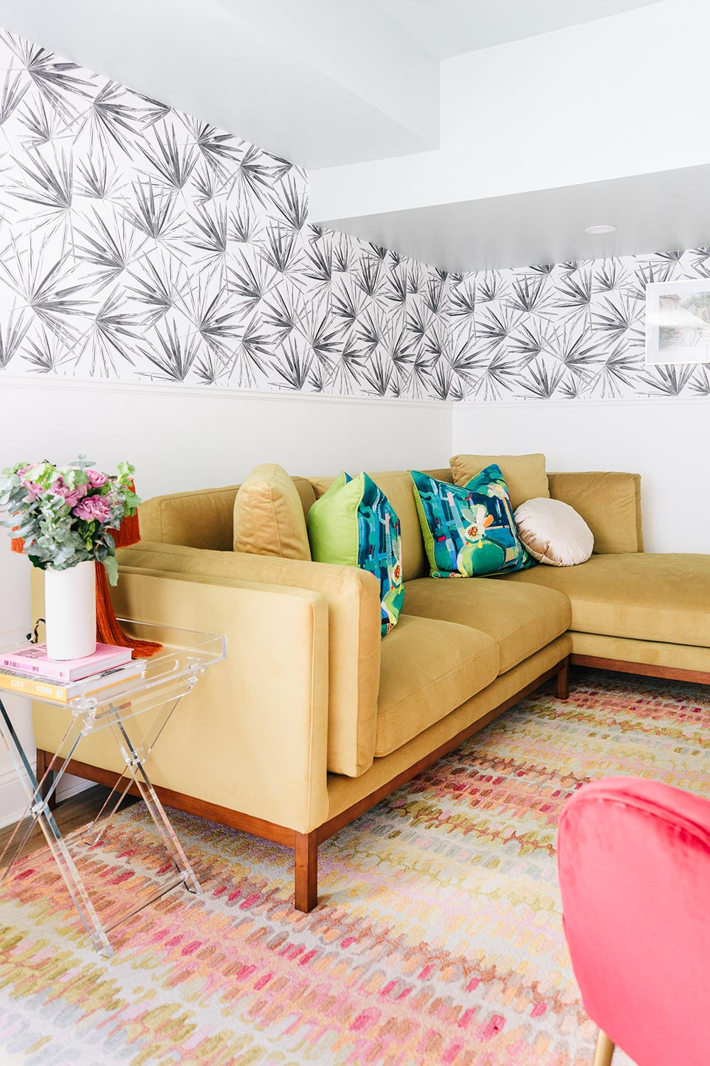 Tropical DIY interior project using black and white wallpaper design