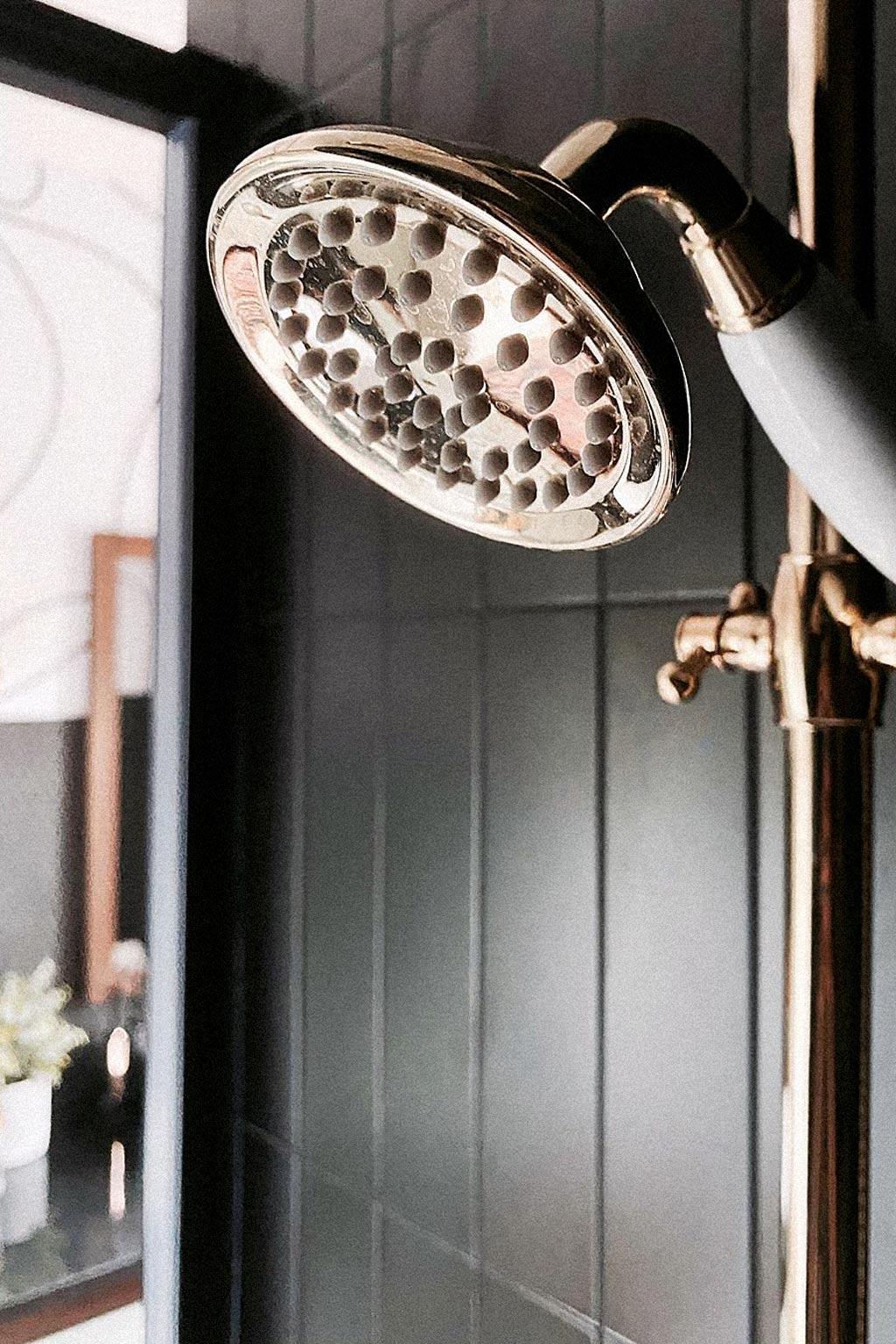 Rose gold bathroom fittings
