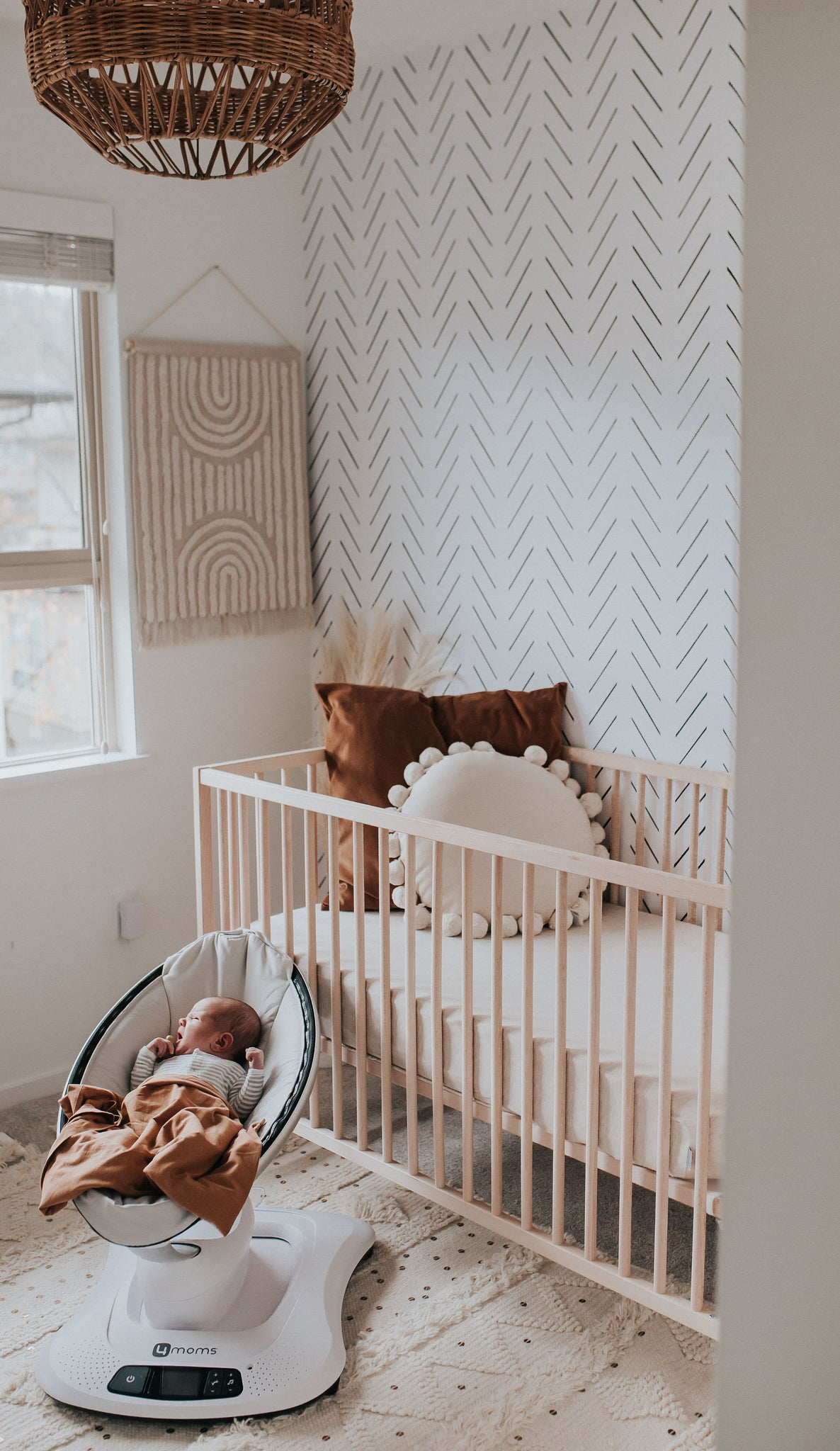 Neutral interior designs for welcoming a newborn baby