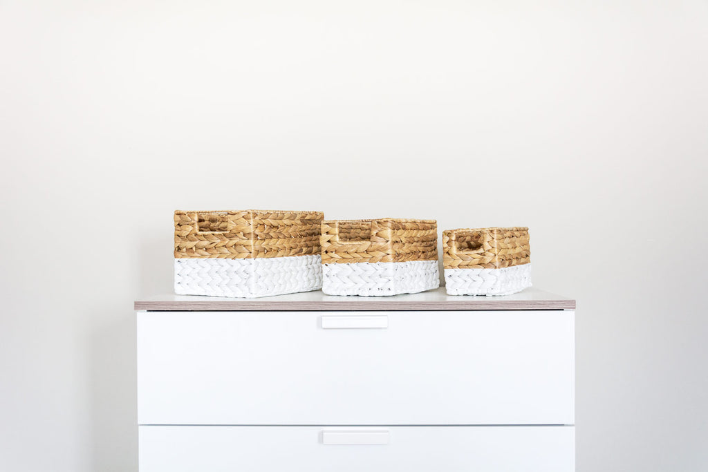 DIY paint dipped baskets after look.