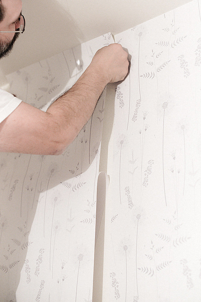 Removable wallpaper installation guide