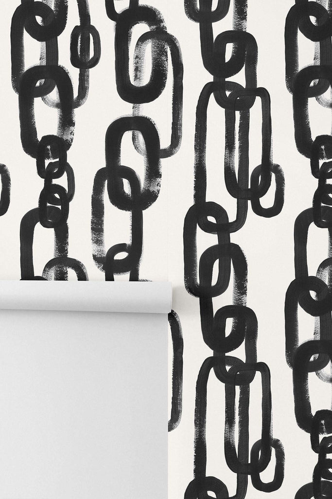 Modern mid-century style chain pattern made with black brush strokes