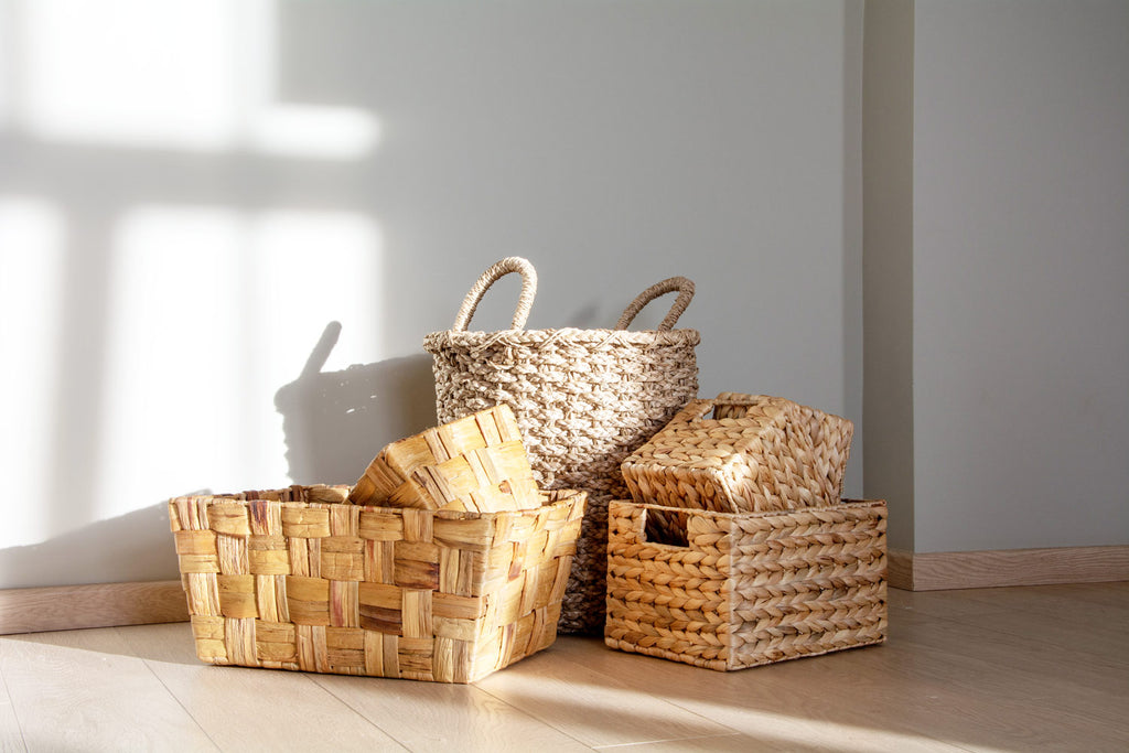 Wicker baskets before DIY paint dipped baskets.