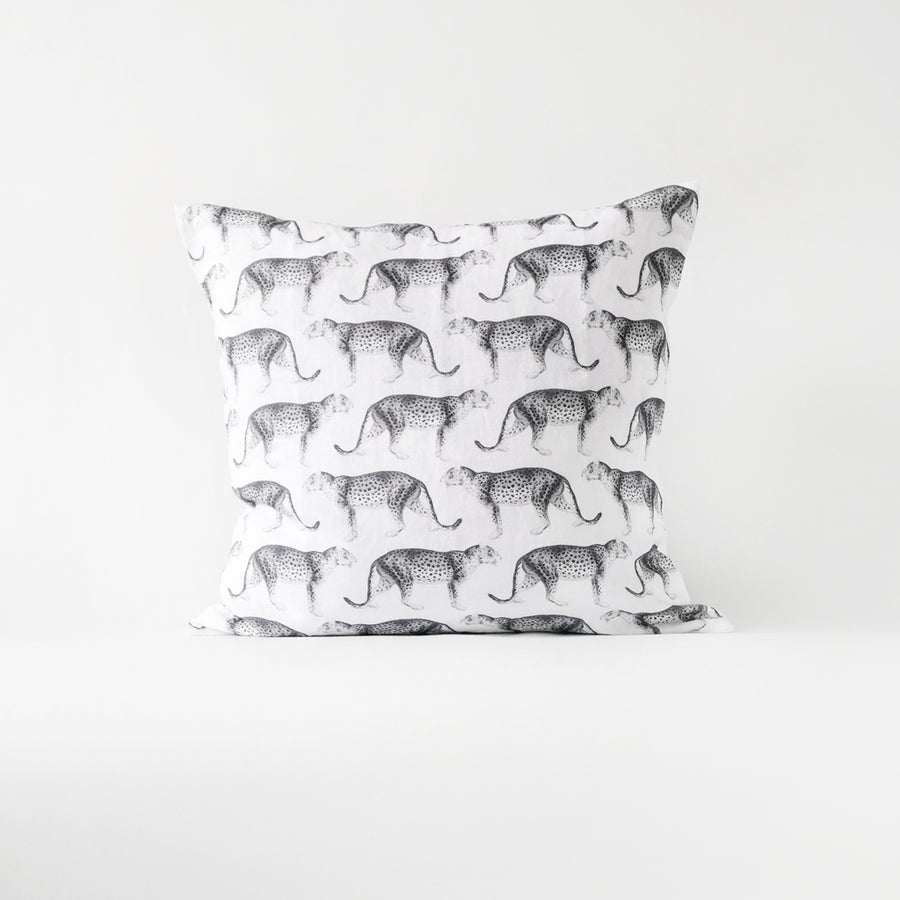Leopard throw pillow cover