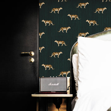 Bold leopard design removable wallpaper