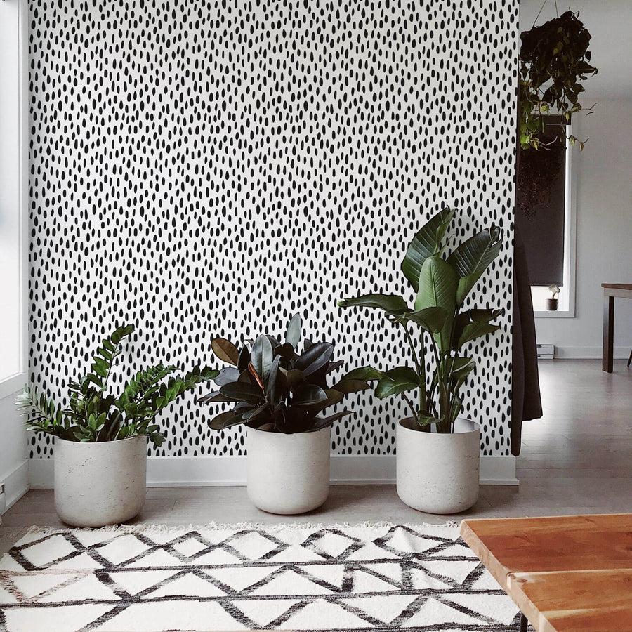 Black spot removable wallpaper