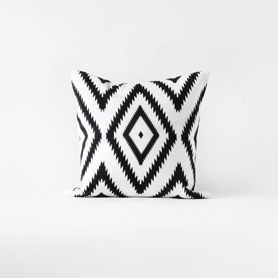 Modern bohemian cushion cover