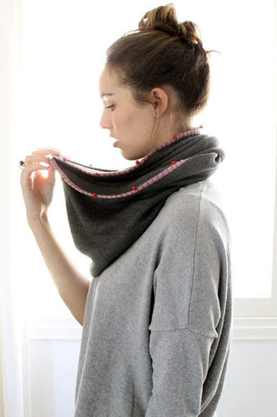 Handmade grey and Red loop scarf