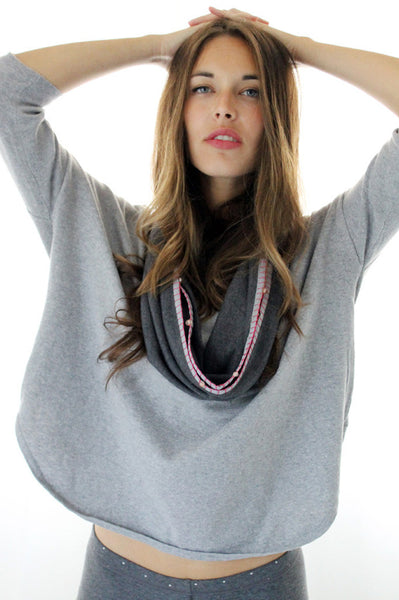 Grey scarf with light Pink beads