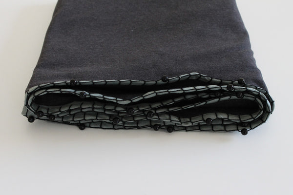 Grey loop scarf with black beads