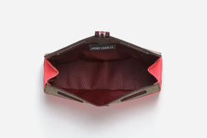 Inside view of brush bag with extra wide opening for quick visible access