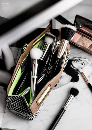 henry charles brush case for luxury brushes and makeup