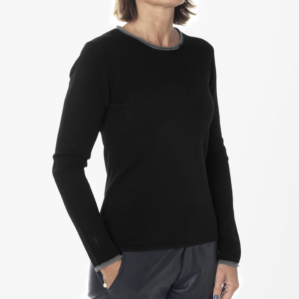 Round neck pullover with contrast trims - Black
