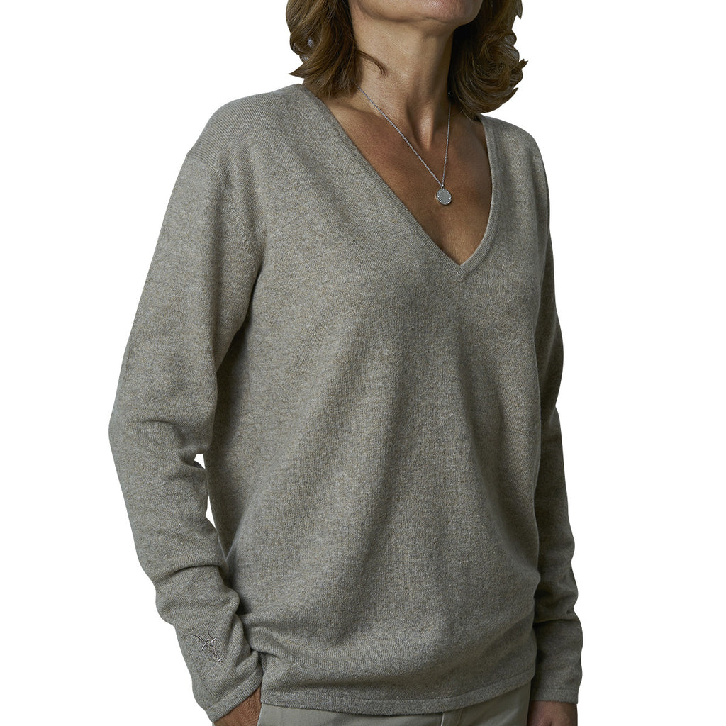 Oversized V-neck pullover - Deep Sand