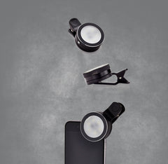 That Selphie Pro Thing! Black clip-on selphie light