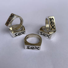 Load image into Gallery viewer, SILVER SEX RING (small SIZE K)