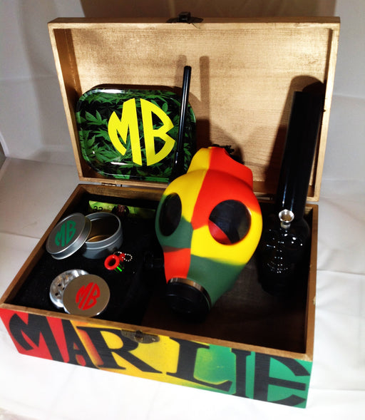 MARLIEBOX UPSCALE HERBAL ACCESSORY KITS 001C MB RASTA KING GAS MASK HERBAL ACCESSORY KIT