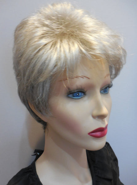 Display Model Clearance Wig | Brazil Gradient Grey