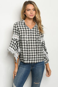 BLACK WHITE CHECKERED TOP