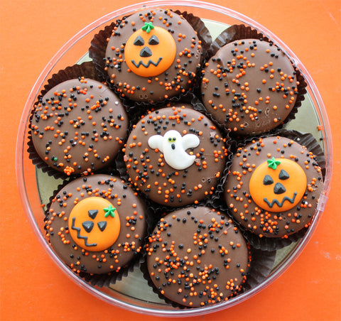 Halloween Oreo Round - 7 Chocolate Oreo Cookies