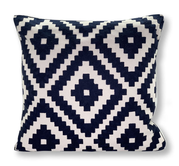 MARINER COTTON - Geometric Embroidered Decorative Pillow - Navy & White