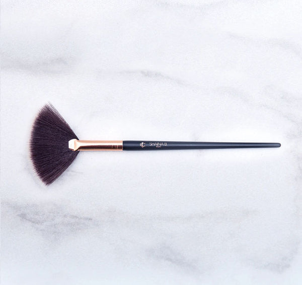 SHAINA B MIAMI - Highlight Brush