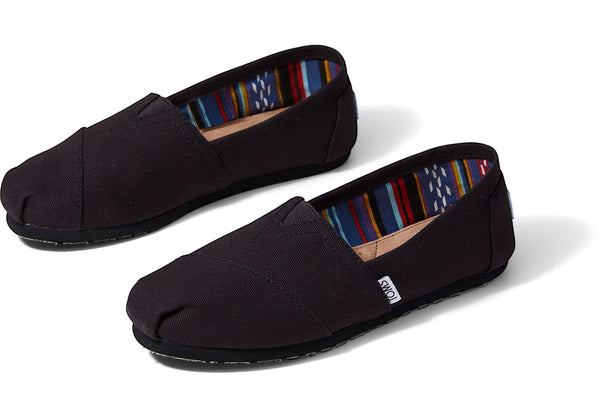 TOMS - Black On Black Women's Canvas Classics
