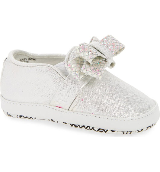 MICHAEL KORS BABY BOWI METALLIC SLIP-ON CRIB SHOE WHITE