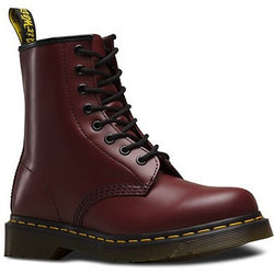 DR. MARTENS W 1460 8-EYE BOOT PATENT CHERRY RED