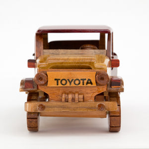Wood Toy LandCruiser - Congo Costa Rica
