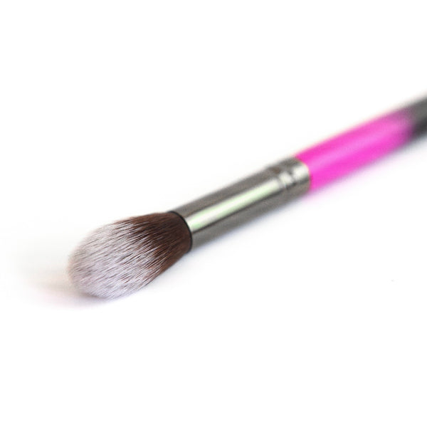 R15 Mini Tapered Kabuki Brush